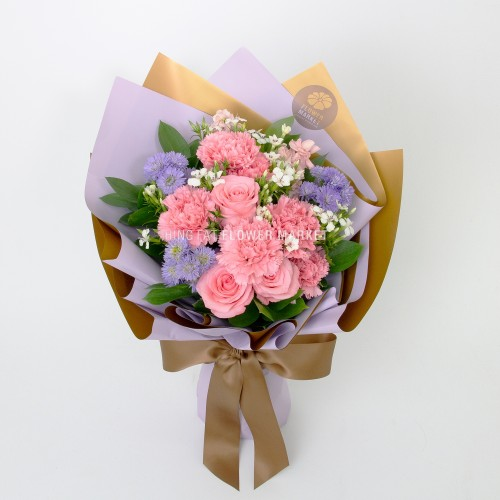 Mother's day - Pink carnation and rose bouquet