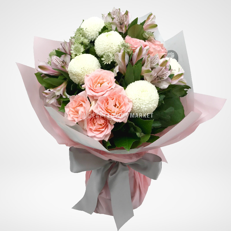 Rose and chrysanthemum bouquet