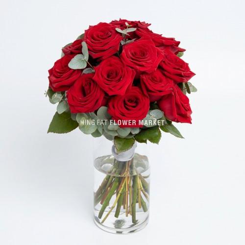 - 12枝紅玫瑰連花瓶